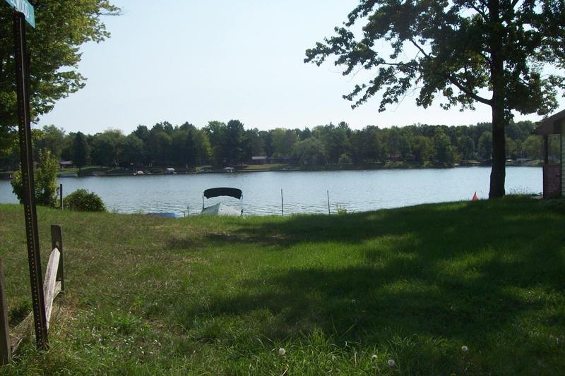Wixom lake access