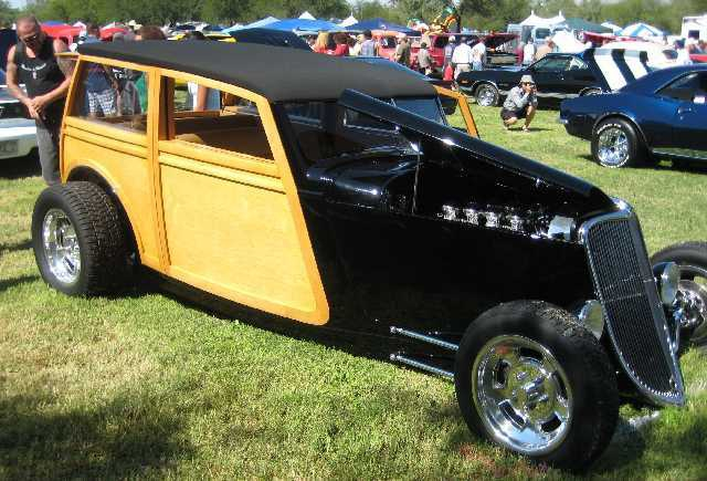 Rotary Club Sponsors Car Show In Tucson Over Cars - Tucson classic car show