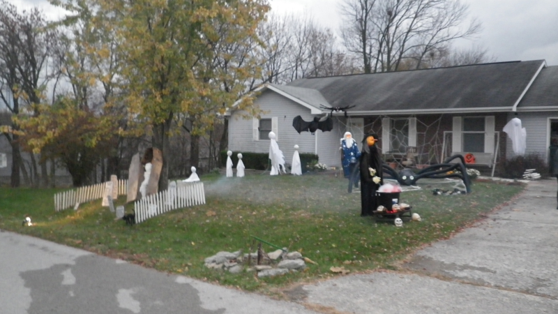 Georgetown KY Home Inspector's Halloween decorations