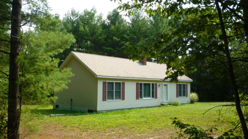 ranch house just listed sholan dr thornton nh 03285