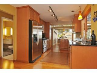 Leschi home kitchen and dining room