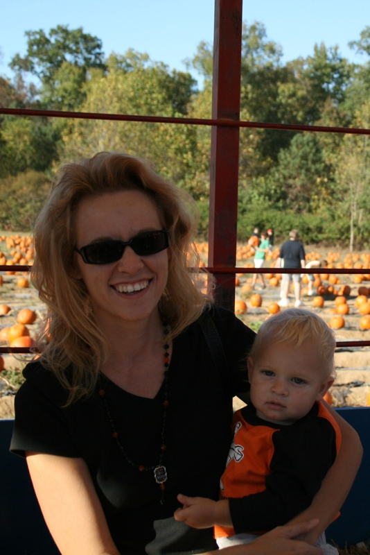 Nathaniel and Wendy at Chesterfield Berry Farm