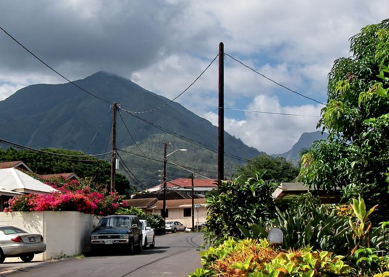 mountain view in Old Wailuku Maui Hawaii
