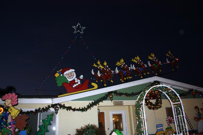 Costa Mesa Peanuts' House
