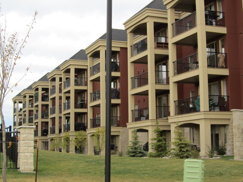 Sherwood Park Condos - Palisades on the Ravine