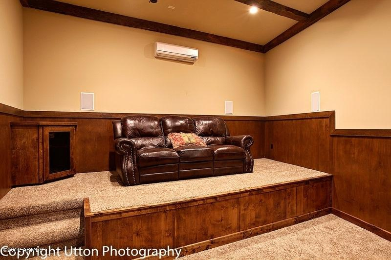 Amazing pv arizona homes for sale camelback golf course for Homes for sale with theater room