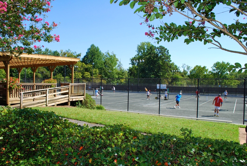 Raintree country club tennis courts