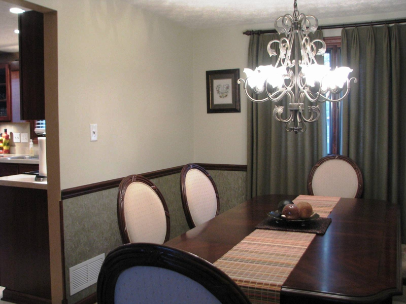Homes for sale in Reynoldsburg Ohio with a dining room
