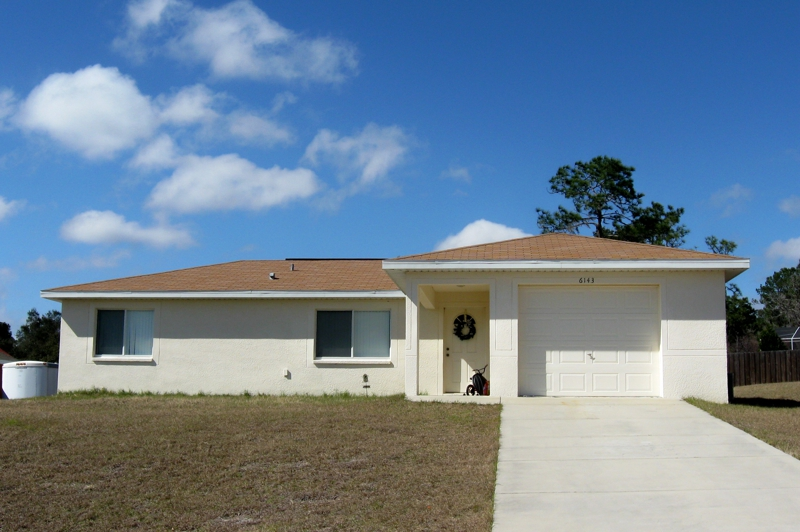 House For Rent In Spring Hill Florida: Three Bedroom 2 Bath 1 Car Garage