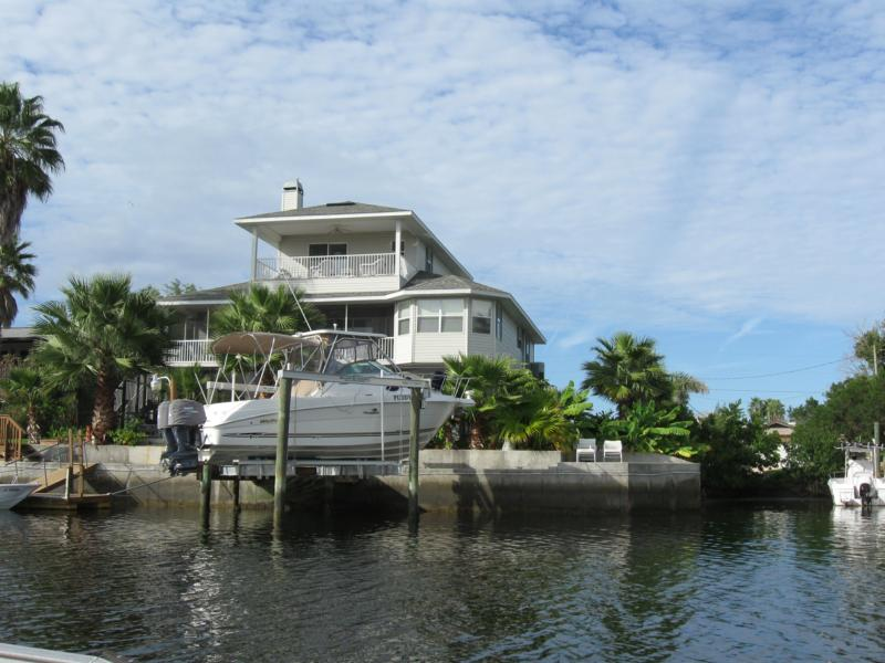 2009 in review waterfront home sales hernando beach
