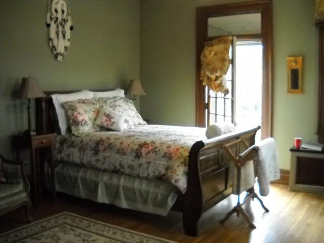 The Osage Room at the historic Kennedy Mansion Bed & Breakfast