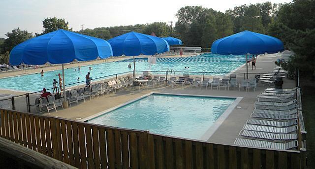 Virginia Run swimming pool