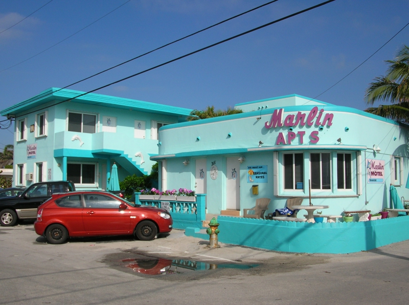 art deco hotels and motels available in hollywood beach fl