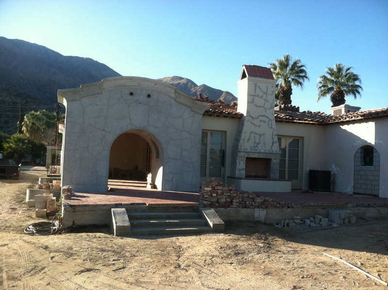 former home of liberace in palm springs