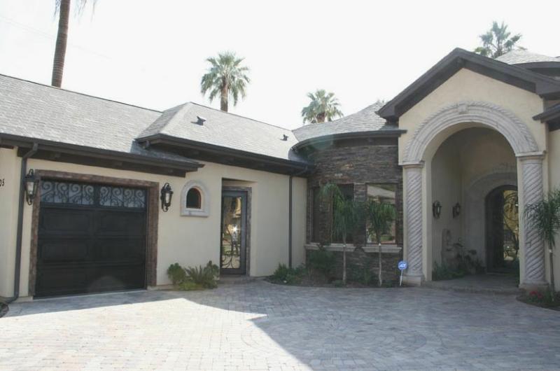 1105 W SELDON LN Phoenix, AZ 85021