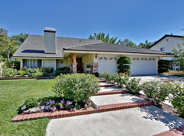 Valencia old orchard home in santa clarita ca for sale Valencia home