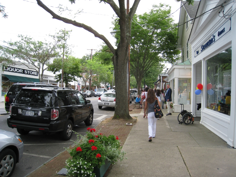 JOBS LANE IN SOUTHAMPTON VILLAGE, NEW YORK