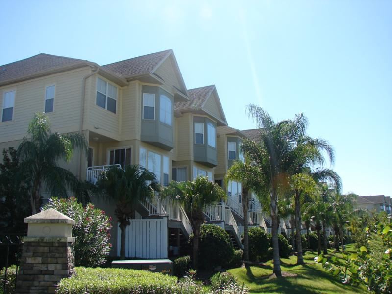 Rocky Point Spinnaker Cove Three Stories Townhomes Tampa