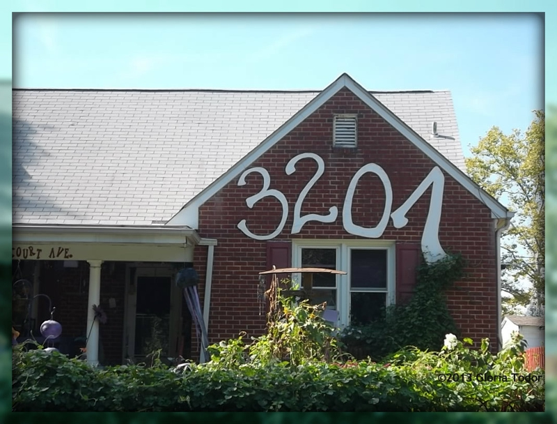 Image gallery large house numbers for Big modern house numbers