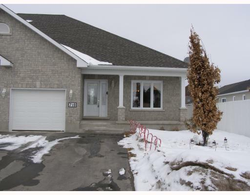 House for Sale in   Casselman