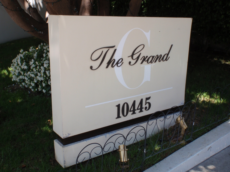 The Grand in Los Angeles photo by Endre Barath,Jr.