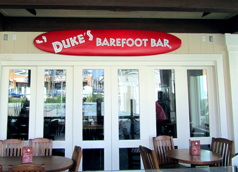 Duke's Barfoot Bar