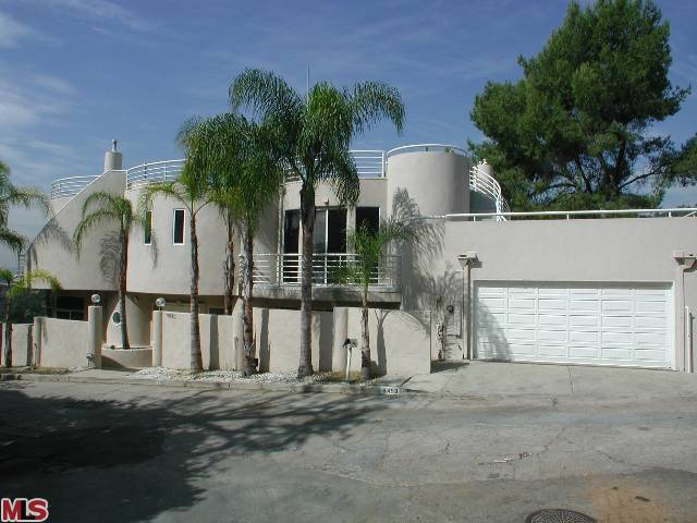 Bank Foreclosure in Los Angeles Sold by Endre Barath
