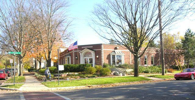 Rockford MI public Library