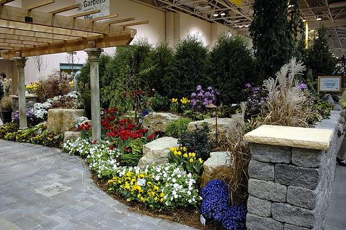 Portsmouth new hampshire home shows for Display home garden designs