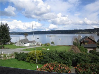 4 bedroom 2 bath Whidbey Island view from the top