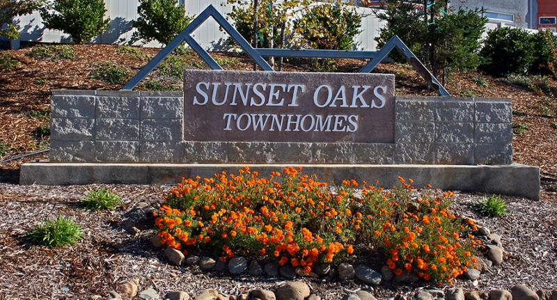 Sunset Oaks Townhomes in Redding CA