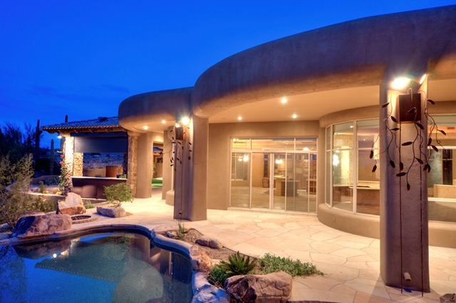 Spectacular luxury home with guest house for sale in north for Scottsdale homes for sale with guest house