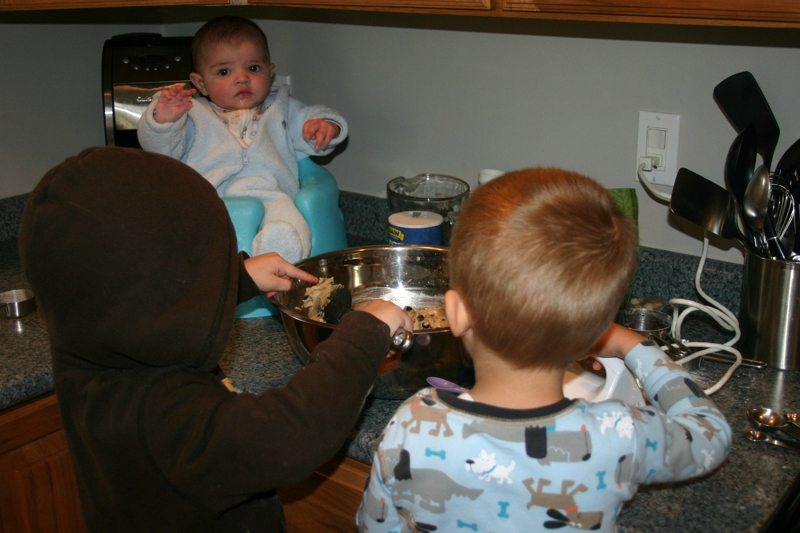 toddlers baking