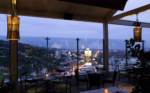 If You Are Looking For A Really Nice Restaurant With View That Will Knock Your Socks Off Then Trip To The Soho House In West Hollywood California Is