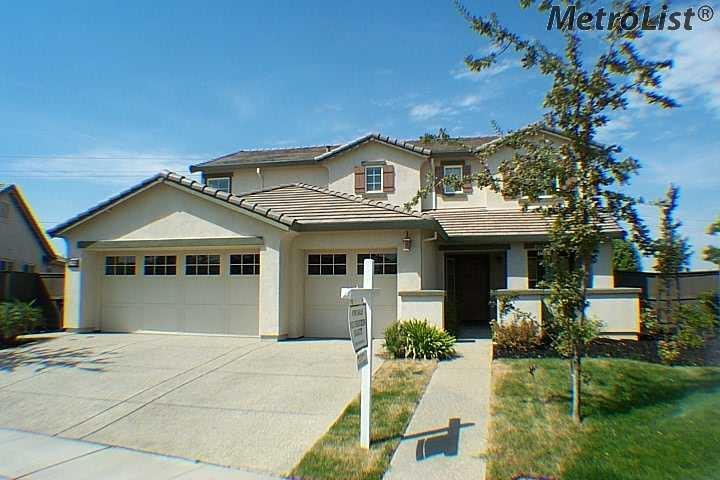 Anatolia Real Estate Agent - Just SOLD by Allan Sanchez