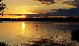 Delafield real estate, lake country real estate, waukesha countyreal estate, moving to oconomowoc, oconomowoc, lisa bear