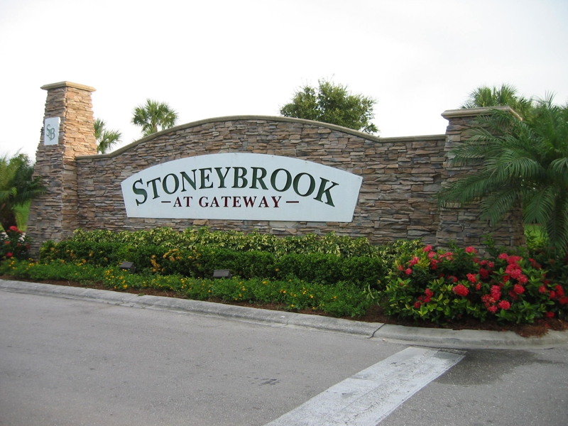 Waterfront in Stoneybrook in Gateway