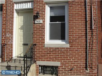 2027 E Hazzard Street