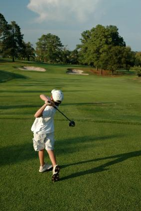 Junior Golf - istockphoto.com