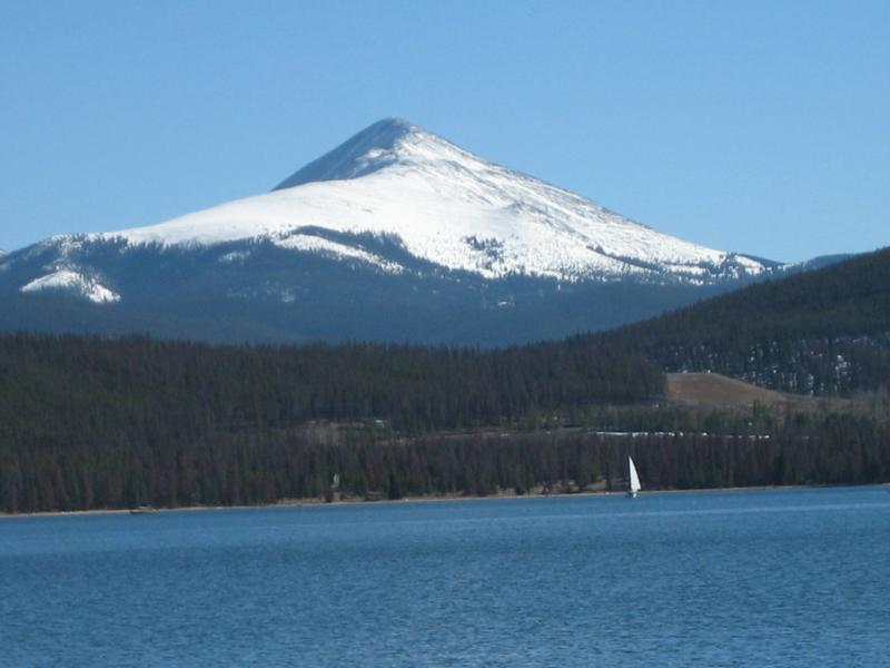 Sailing on Lake Dillon
