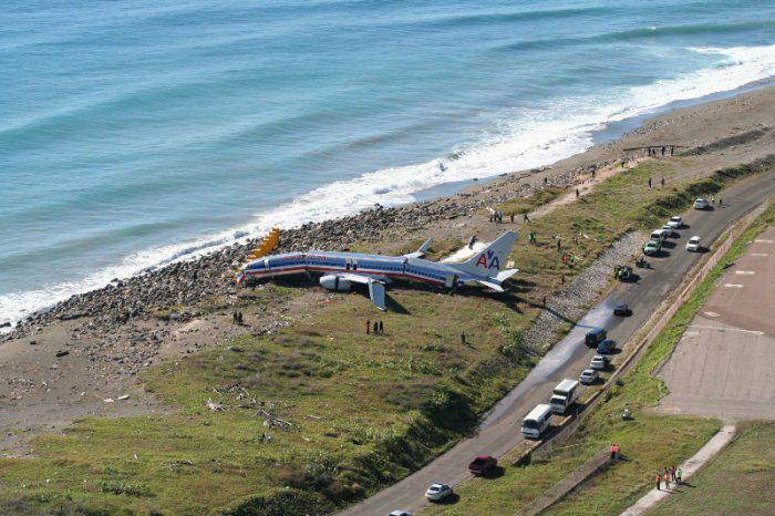 Plane crash in Kingston Jamaica
