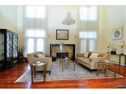 Cresskill NJ House for Sale Living Room