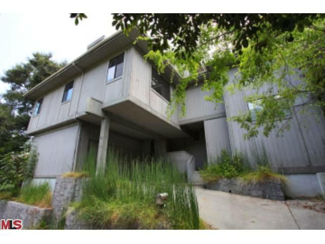 Beachwood Canyon Short Sale
