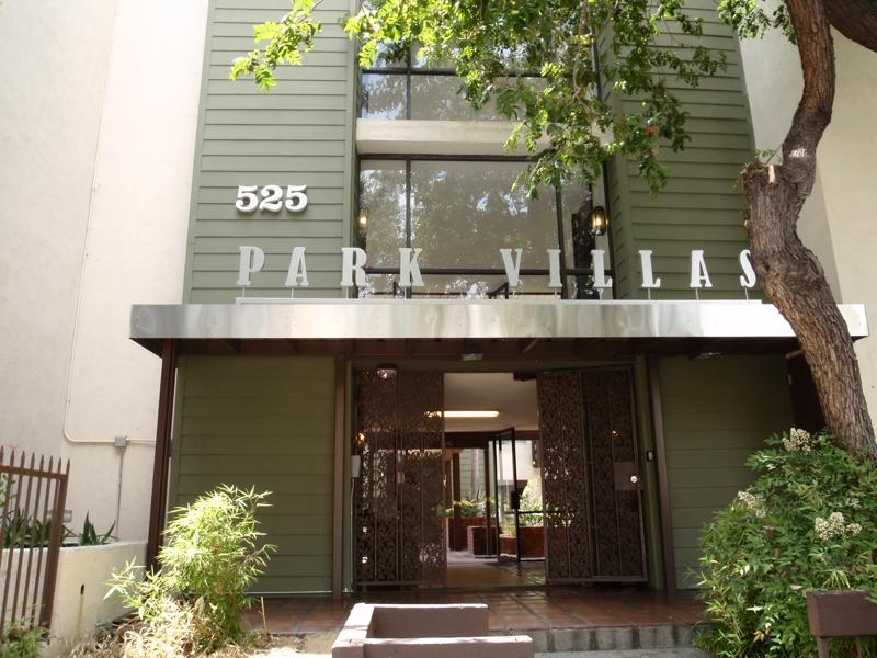 Condominiums near Korea Town in Los Angeles, Endre Barath