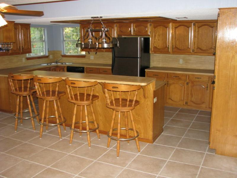 large kitchen - austin texas homes