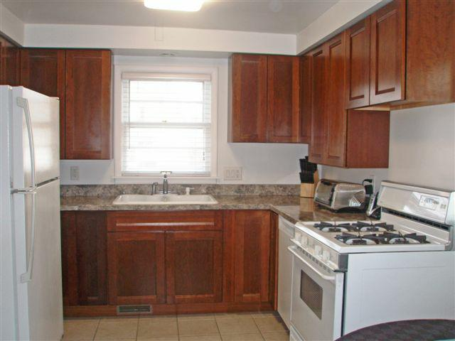 2378 Charney kitchen