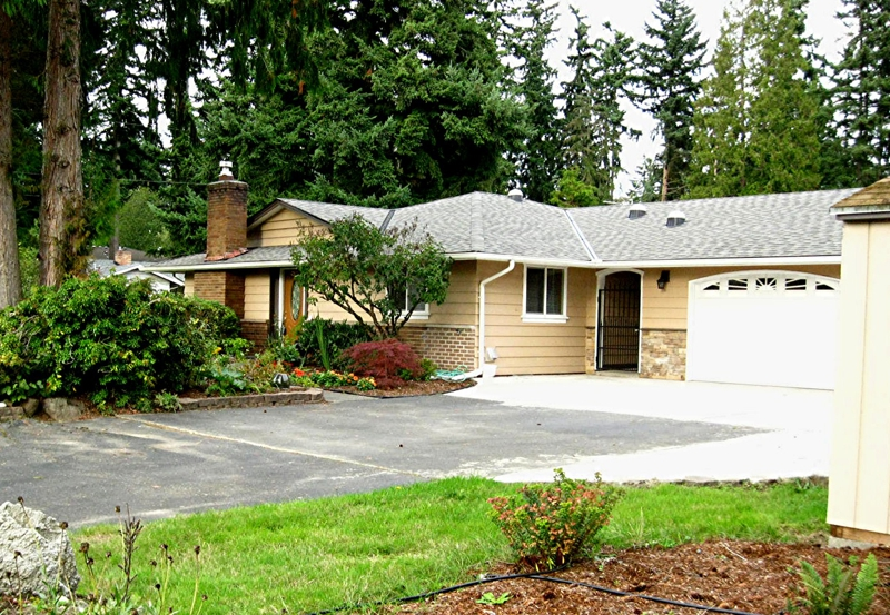 Rambler 3 car garage Lynnwood Brier