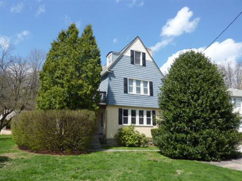 76 Meadowbrook Rd Strafford PA 19087