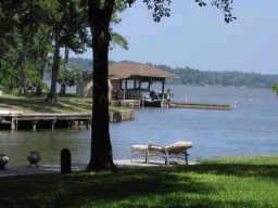 Lake Livingston Real Estate-waterfront and loving it!