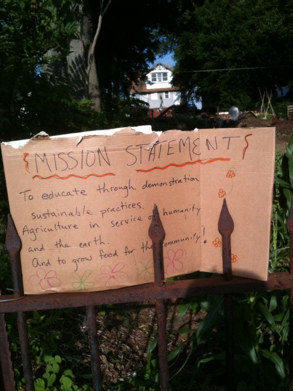 Crosbie Heights Community Garden Mission Statement